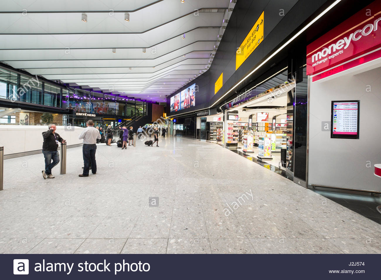 Terminal 2b departures on the first day of operation of the new Queens's Terminal, Heathrow Airport, Hillingdon, Stock Photo