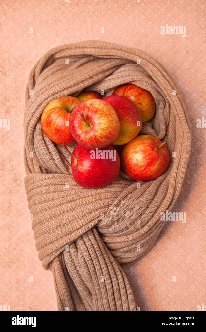 Defences, precaution, medicine, health, apples, scarf - Stock Image