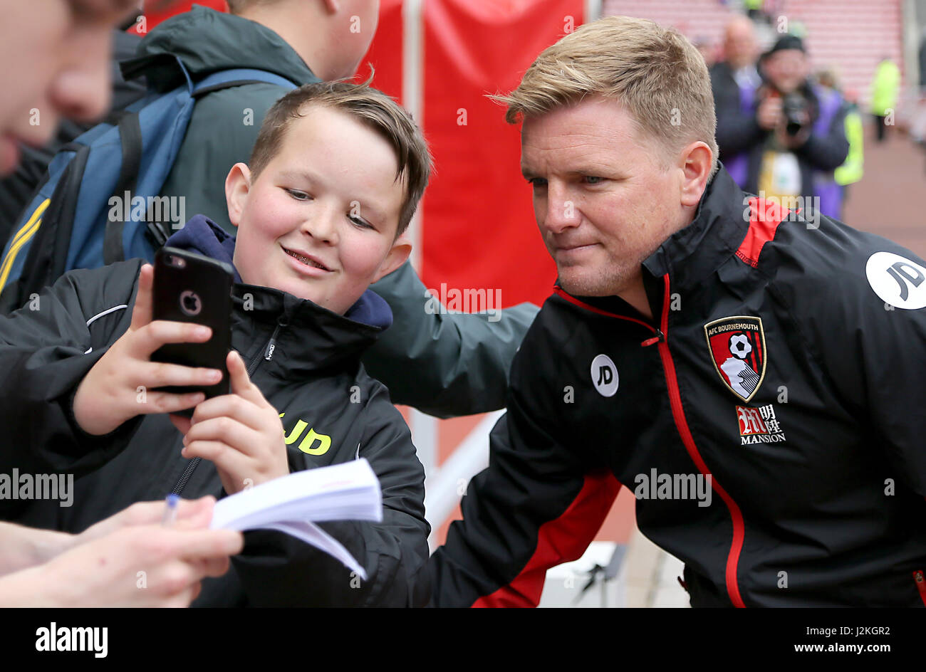 Afc Bournemouth Manager Eddie Howe Has A Selfie Taken With A Young Stock Photo Alamy