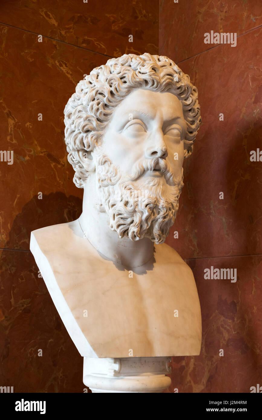 Marble head of Roman Emperor Marcus Aurelius (AD 121 - AD 180) c.180-183 AD - Stock Image