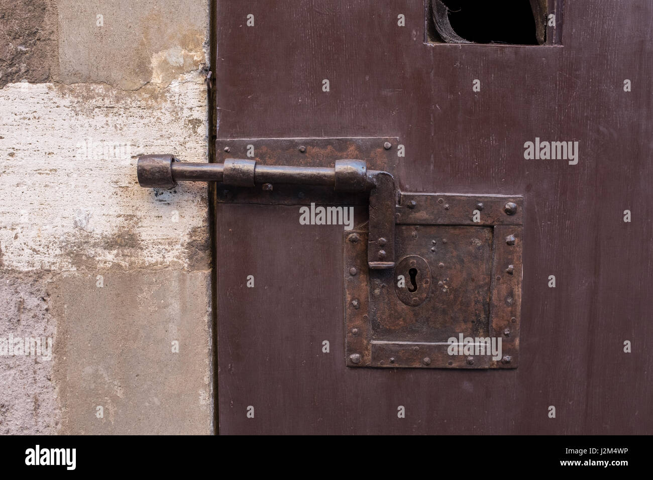 Bolted door & Bolted door Stock Photo: 139355154 - Alamy