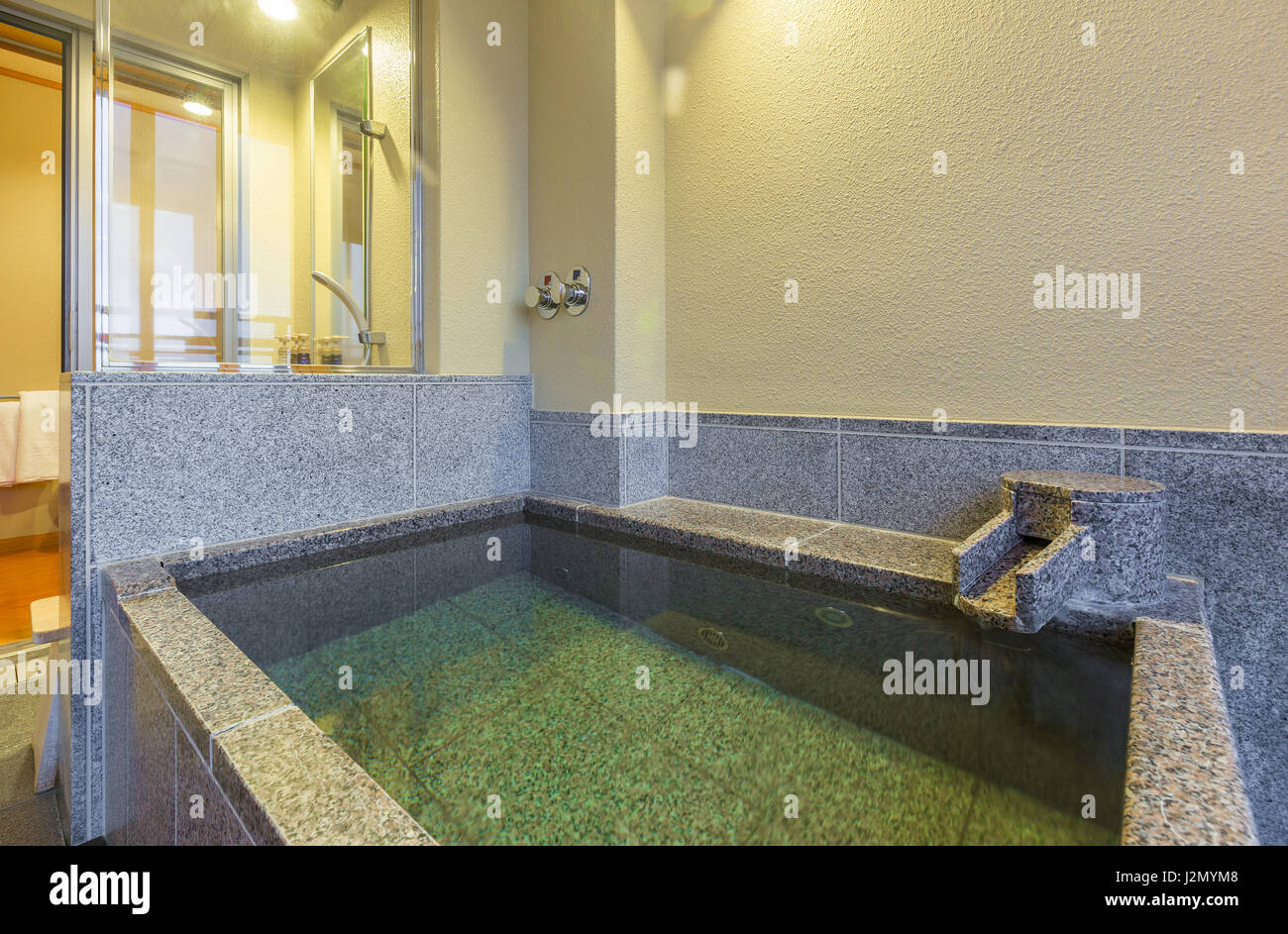 Traditional Japanese Bathtub Stock Photos & Traditional Japanese ...