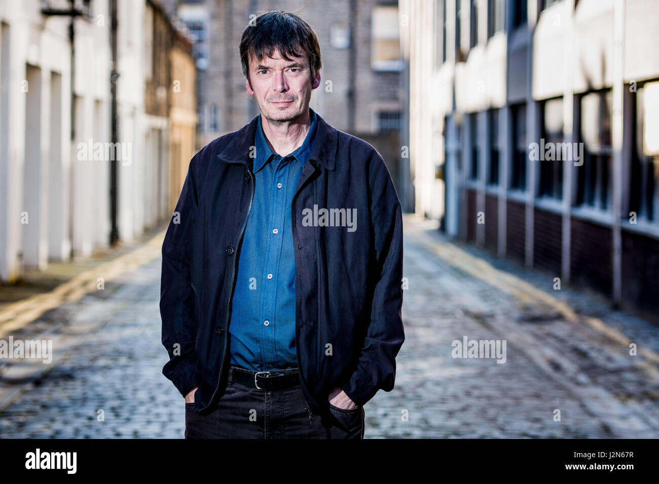 Photographer Ian Georgeson, 07921 567360 Author Ian Rankin, Oxford Bar, Rather be The Devil Stock Photo