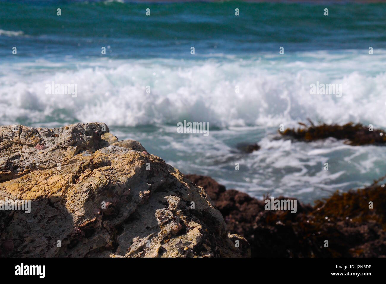 Crashing waves along California Coastline - Stock Image