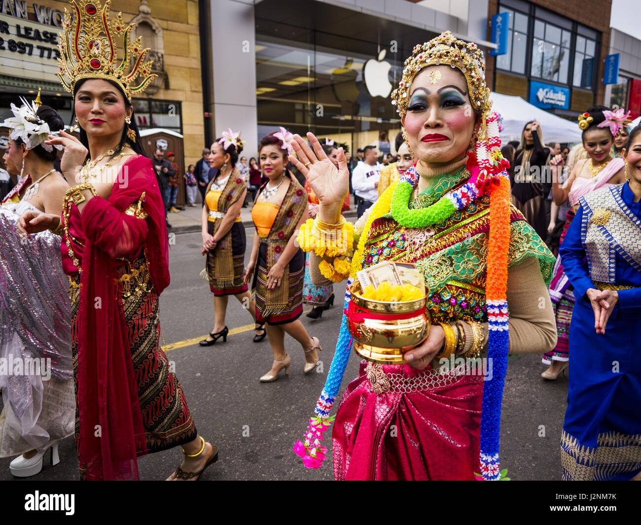 Page 3 - Thai Ladyboy High Resolution Stock Photography and Images - Alamy