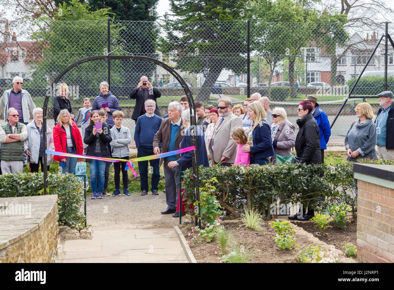 Abington Park, Northampton, U.K. 30th April 2017. A new sensory garden created by the Friends of Abington Park after - Stock Image