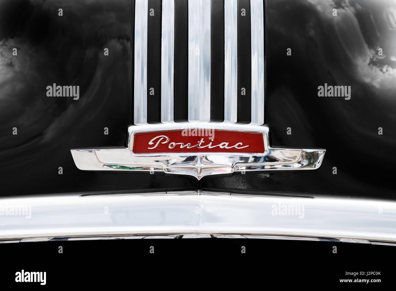 Pontiac Car Symbol Logo Stock Photos Pontiac Car Symbol Logo Stock