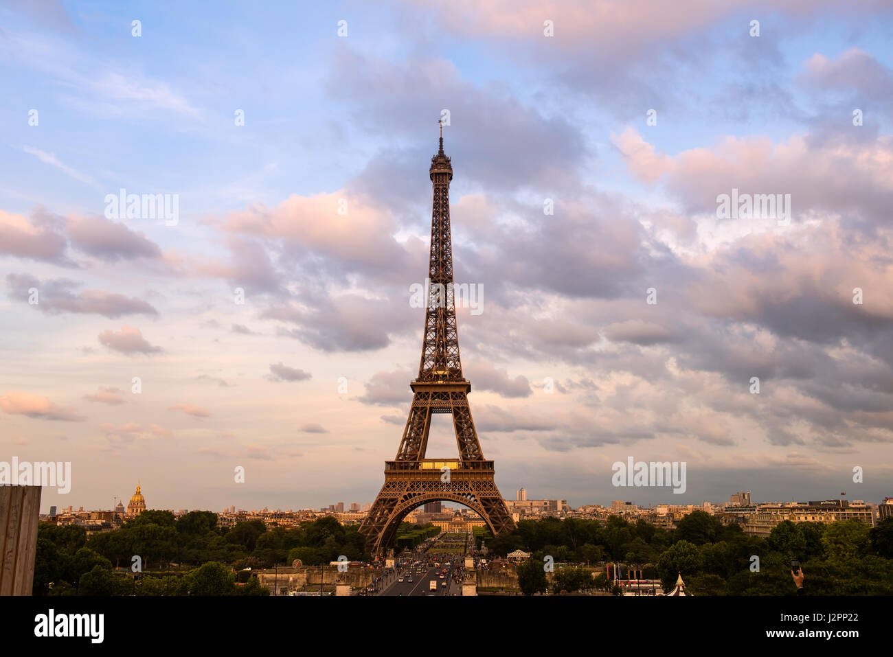 Eiffel Tower in colors of pink twilight Paris - Stock Image