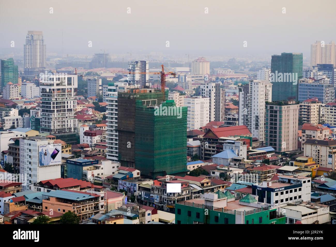 Phnom Penh city centre and skyline - Cambodia's capital city - Stock Image