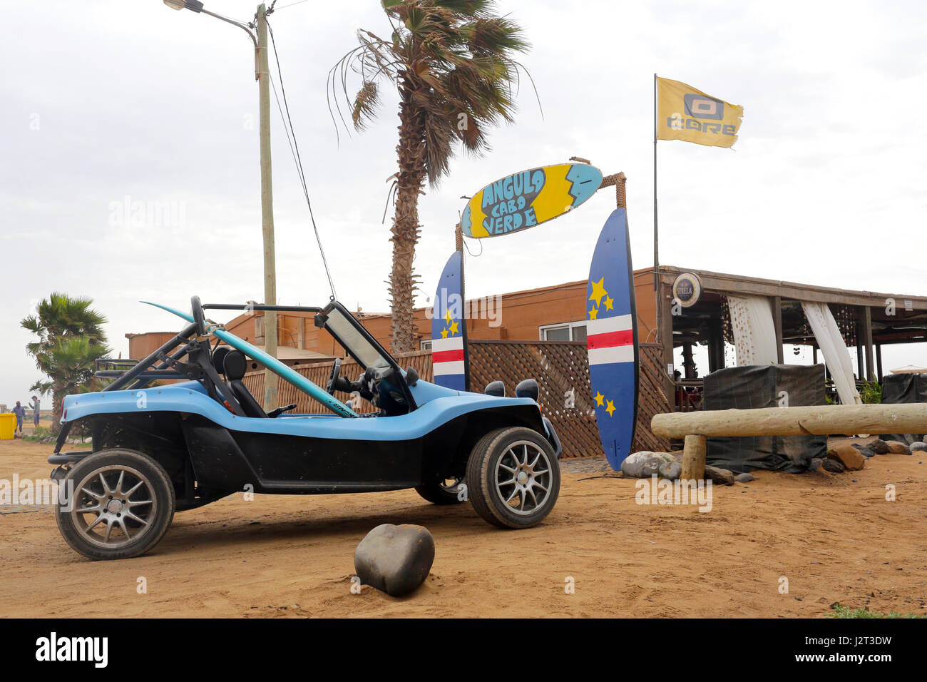 Beach Buggy parked outside Surf School - Stock Image