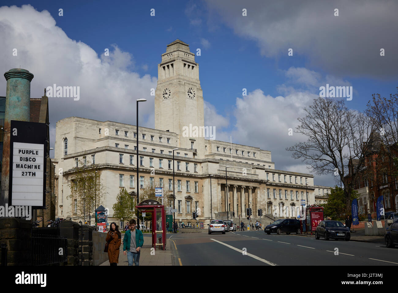 The Parkinson Building is a grade II listed art deco building and campanile located at the University of Leeds in - Stock Image
