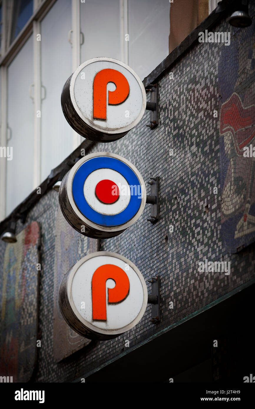 target shop exterior target exterior store logo stock photos target shop exterior target. Black Bedroom Furniture Sets. Home Design Ideas
