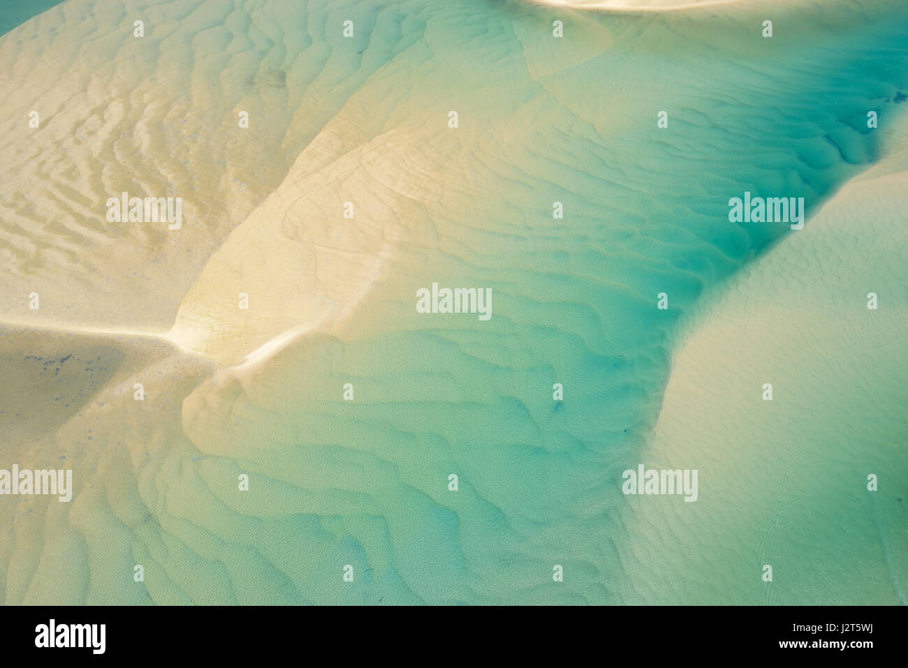 SHALLOW WATERS OF THE NOOSA HEADS ESTUARY (aerial view). Sunshine Coast, Queensland, Australia. - Stock Image
