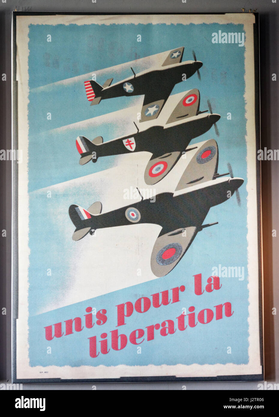 Unis pour la Liberation: A second world war propaganda poster showing an RAF, an american air force and a free french - Stock Image