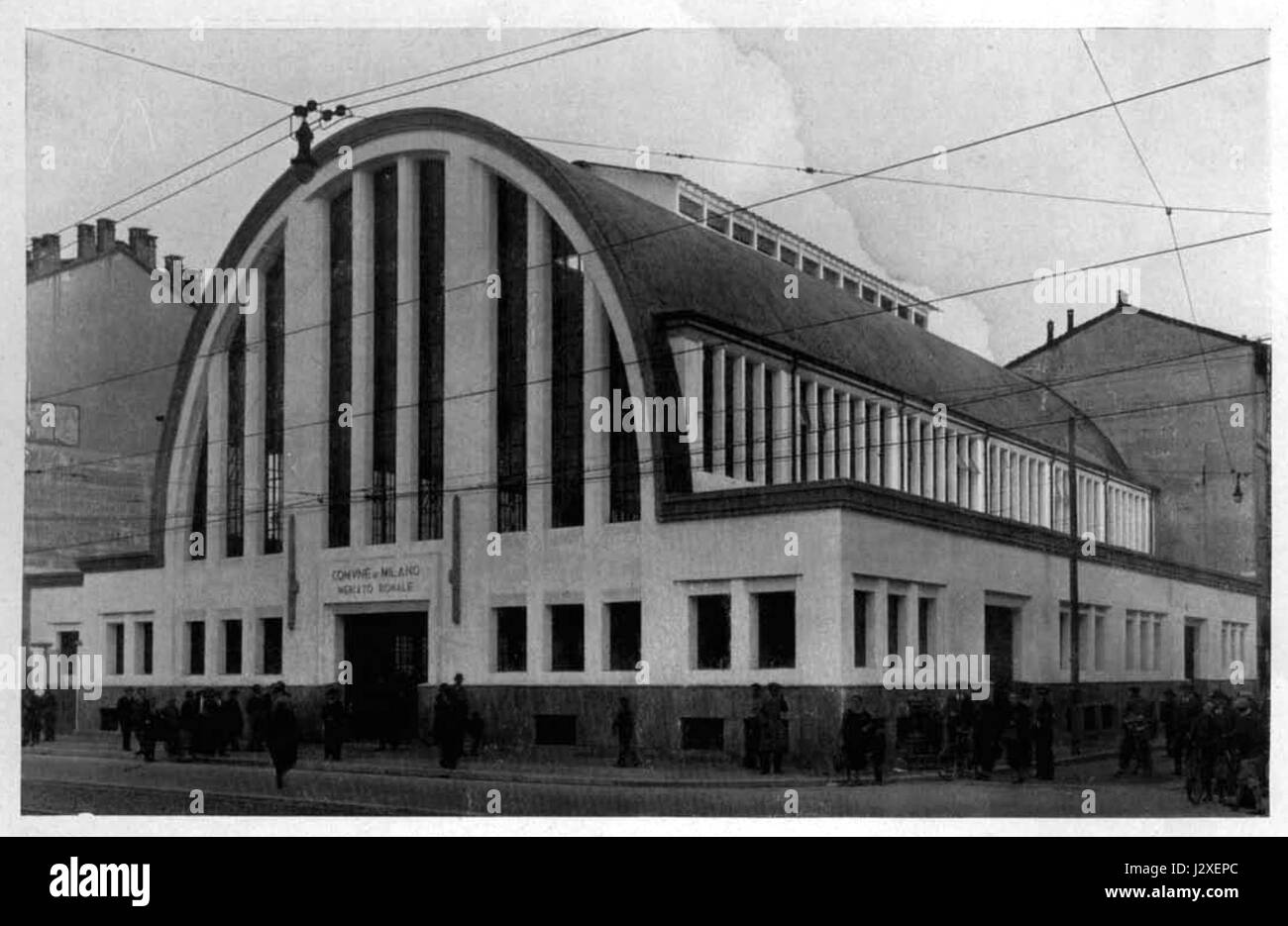 Mercato rionale coperto di viale Monza, Milano (1933) ingg. Massari e Secchi - Stock Image