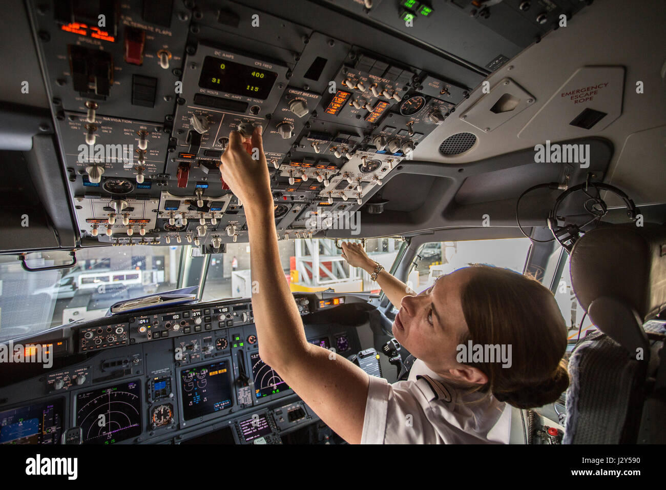 Female Pilot Stock Photos Female Pilot Stock Images Alamy