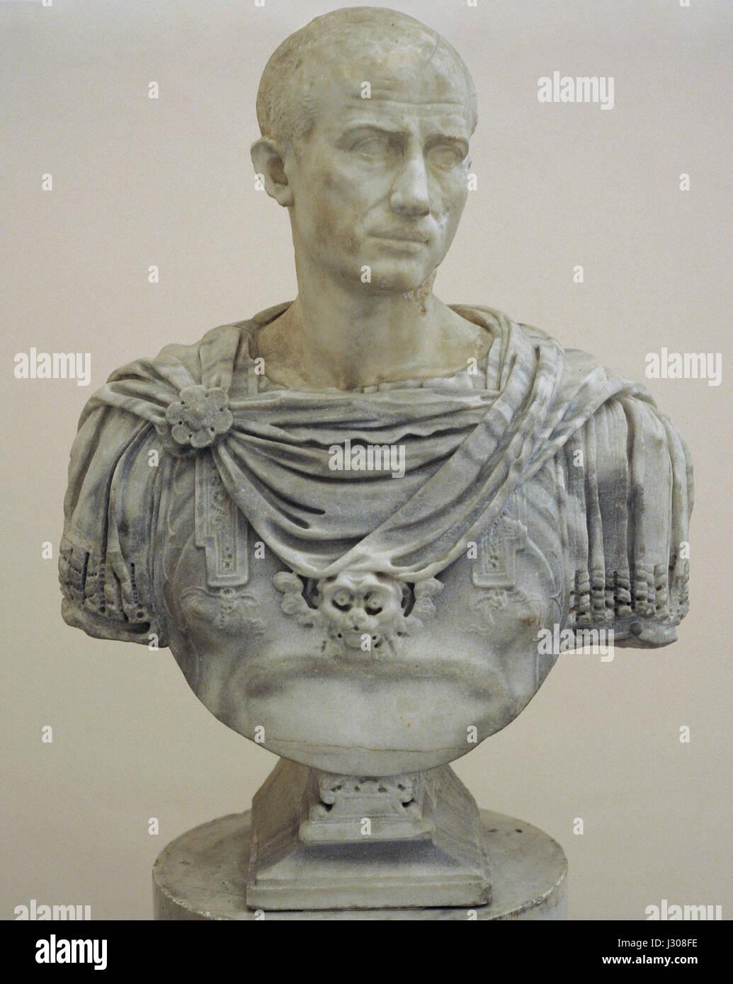 Unidentified portrait. Modern bust by the Italian sculptor Guglielmo della Porta (c. 1500-1577). Guglielmo della - Stock Image
