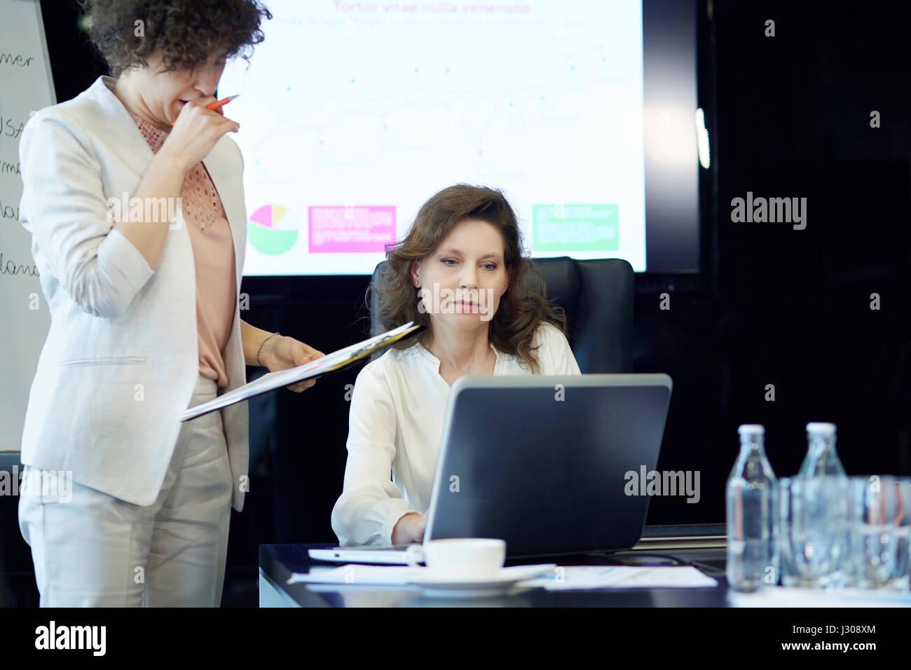 Two business women having meeting - Stock Image