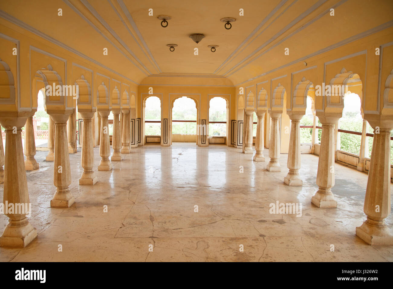 Hall on one of the upper stories of the Chandra Mahal at the City Palace in Jaipur, Rajasthan. - Stock Image