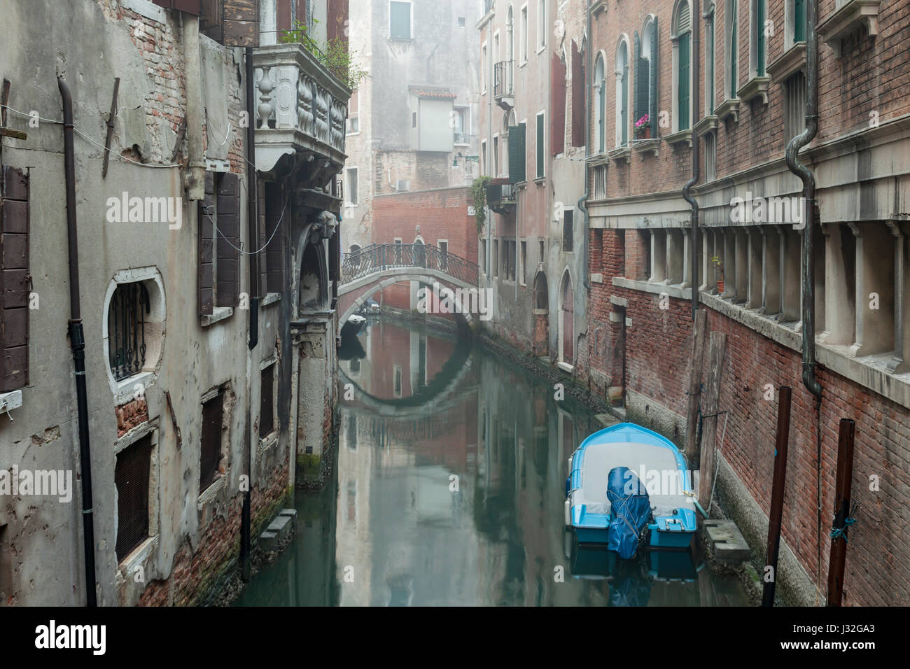 Misty morning in San Marco district of Venice. - Stock Image
