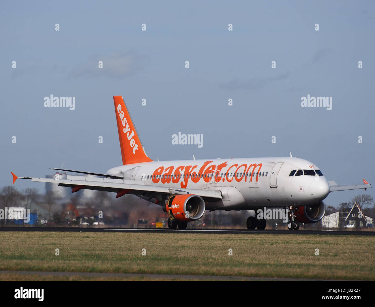 G-EZUF easyJet Airbus A320-214 cn4676 at Schiphol (AMS - EHAM), The Netherlands pic1 - Stock Image