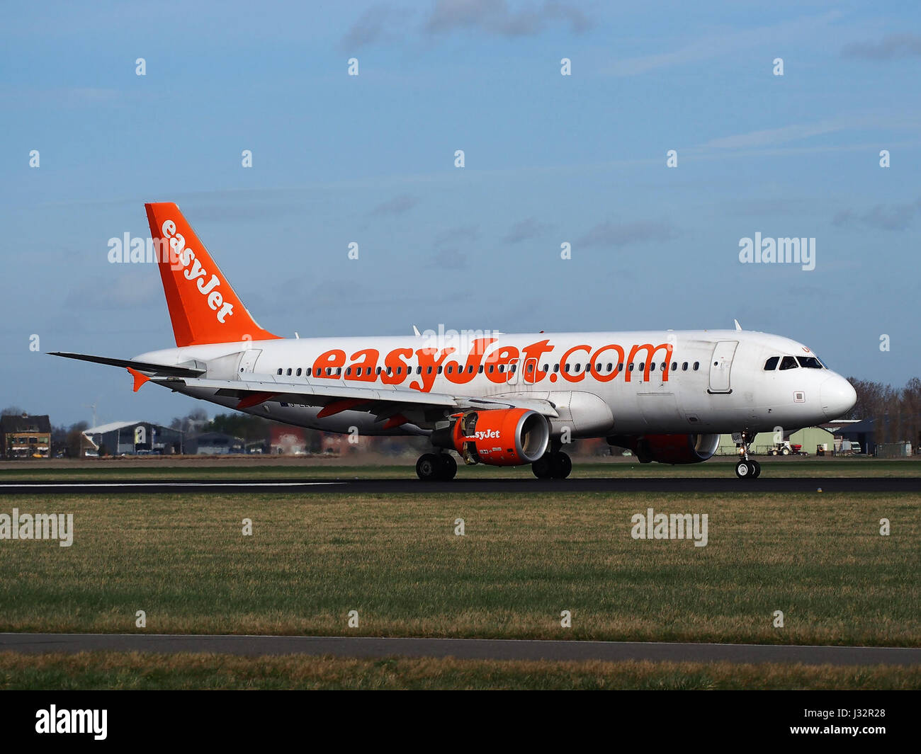 G-EZUF easyJet Airbus A320-214 cn4676 at Schiphol (AMS - EHAM), The Netherlands pic2 - Stock Image