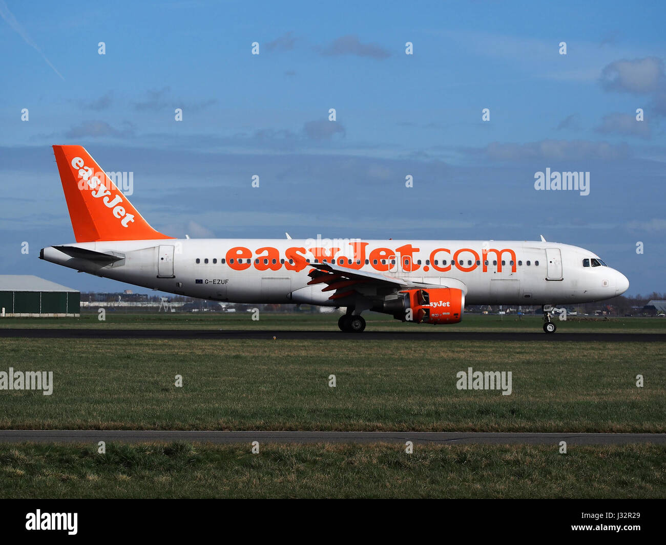 G-EZUF easyJet Airbus A320-214 cn4676 at Schiphol (AMS - EHAM), The Netherlands pic3 - Stock Image