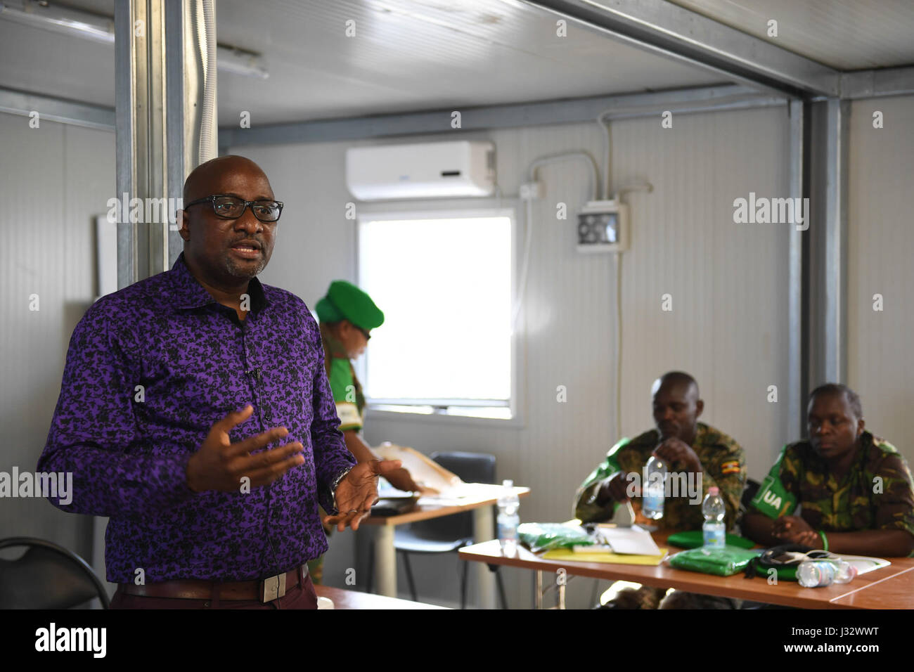 Adebayo Kareem, AMISOM Acting Cheif of Staff, speaks during the closing ceremony of a training workshop for AMISOM - Stock Image