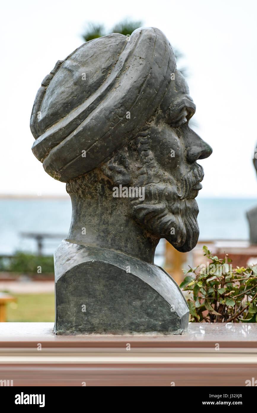 Historical Statue of Egyptian Revolution Speaker Abdullah Al Nadeem, Alexandria - Stock Image