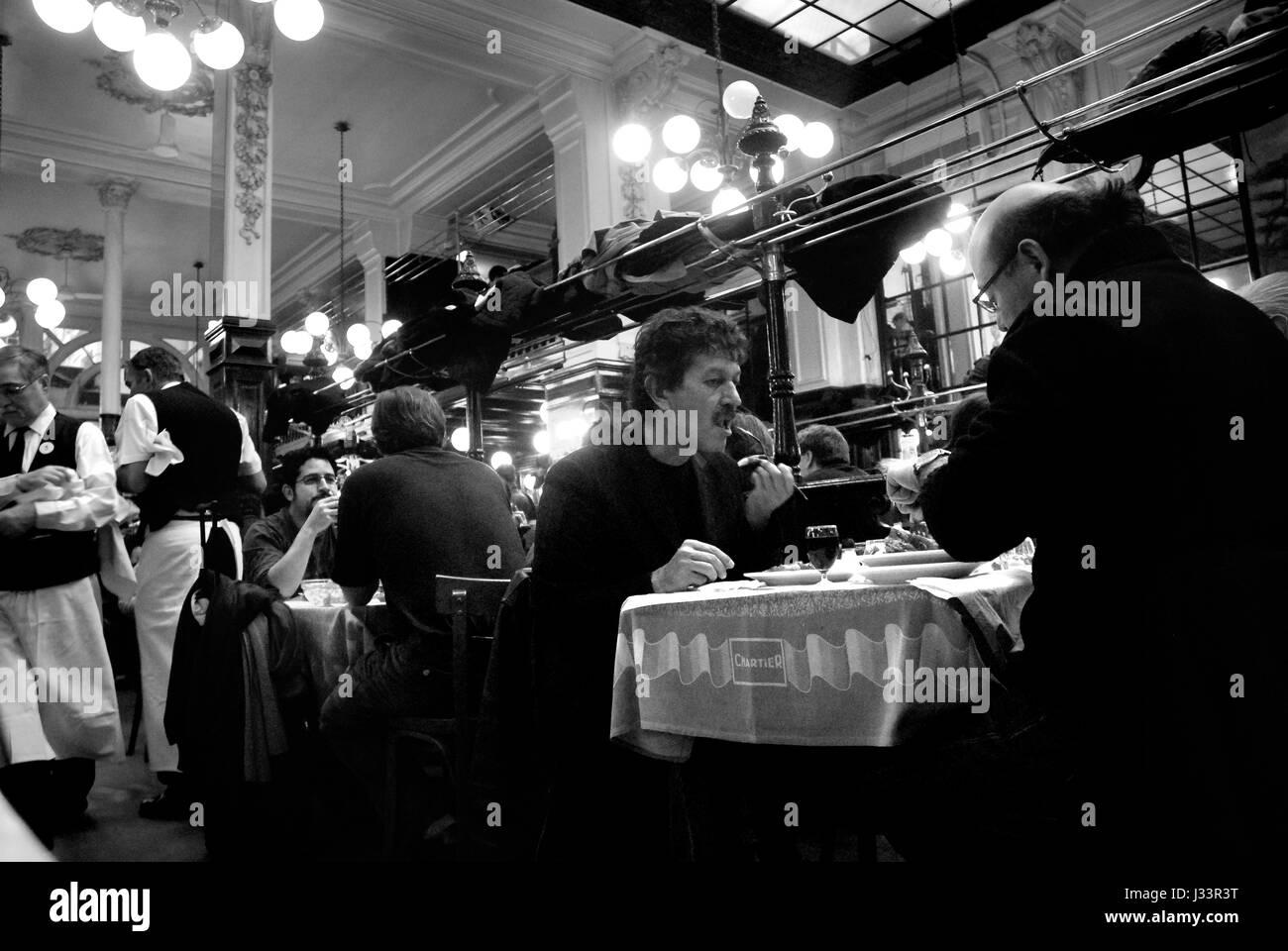 Deux Grands Cafes