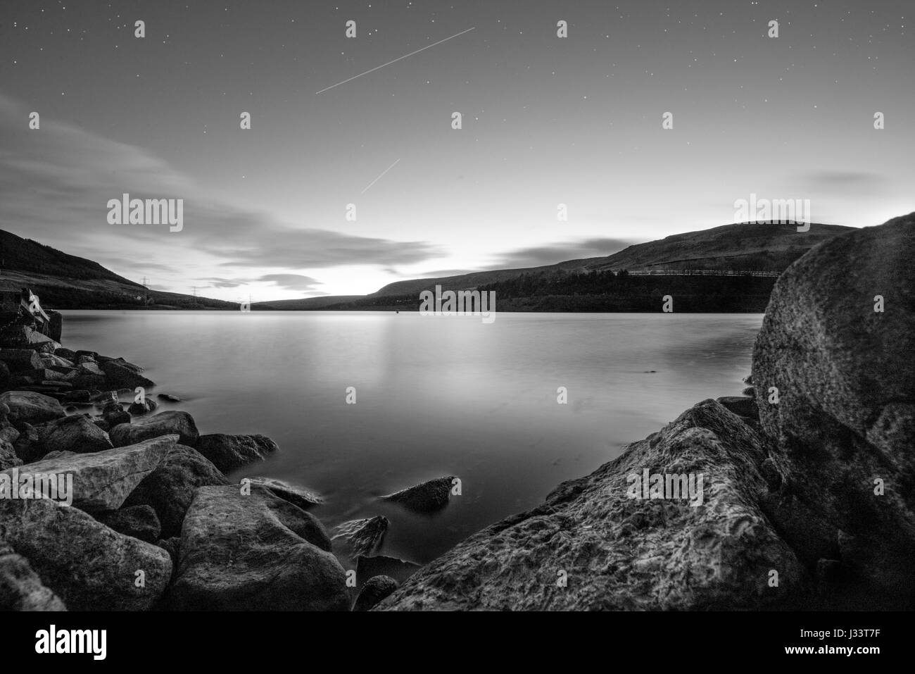 Night time lake. Long Exposure with stars. - Stock Image