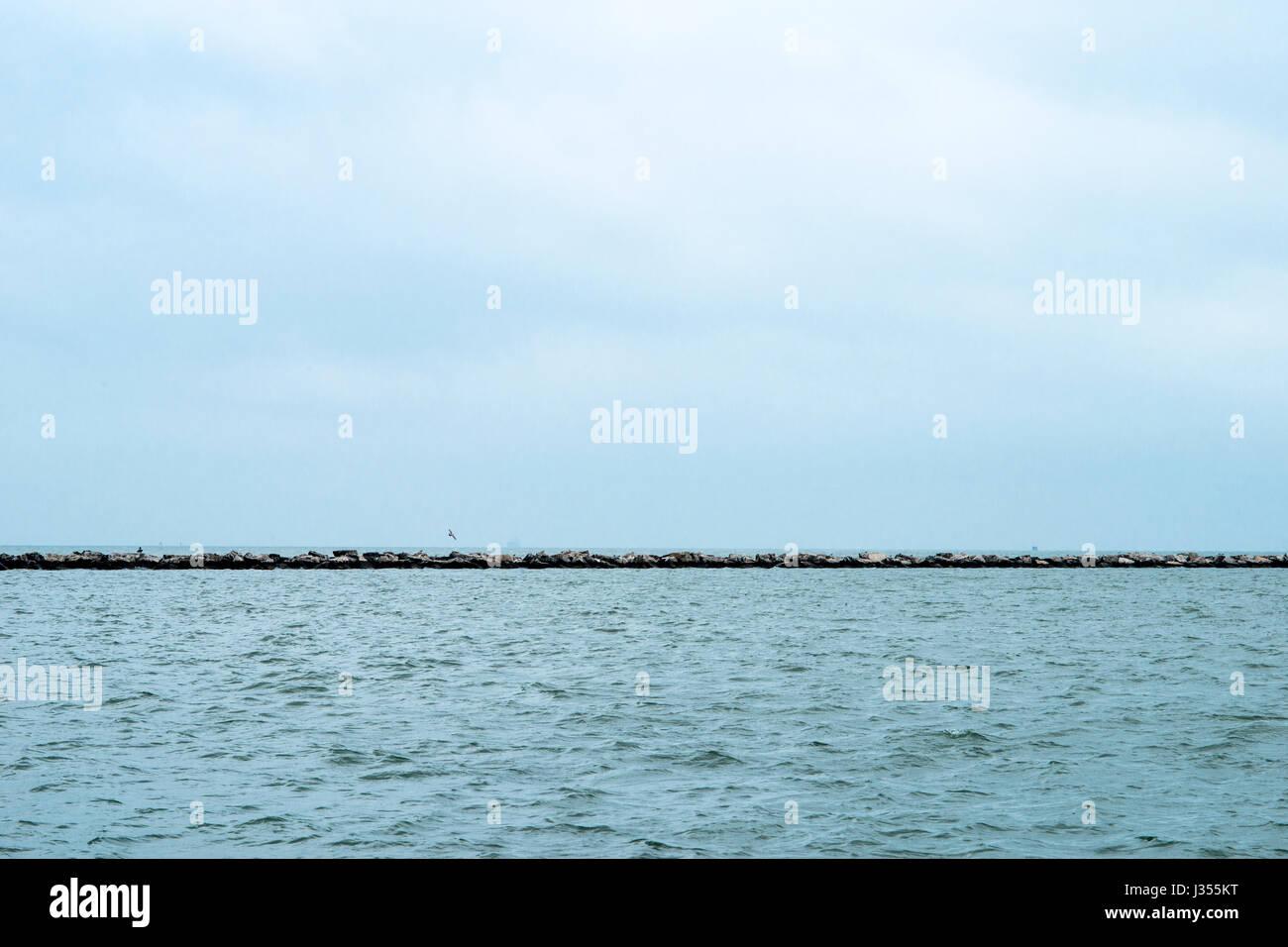Horizon of Gulf of Mexico from Corpus Christi, TX - Stock Image
