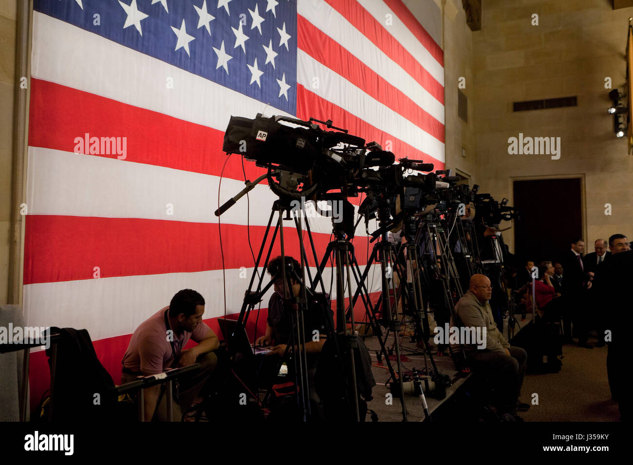 News cameras set up during press event - USA - Stock Image