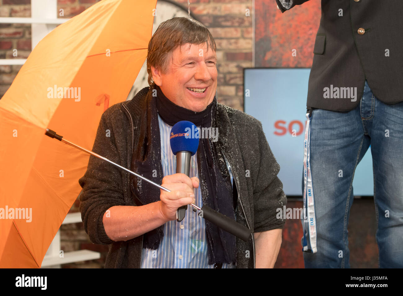 Munich, Germany. 03rd May, 2017. Weather presenter Jorg Kachelmann laughs at the TV studio of the sonnenklar.TV - Stock Image