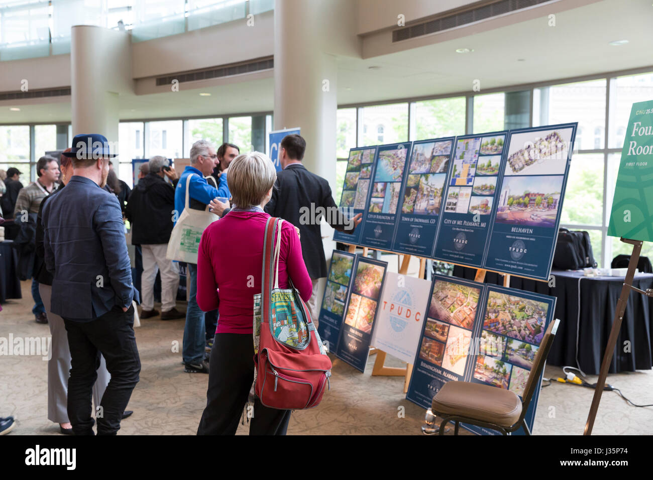 Seattle, United States. 02nd May, 2017. Seattle, Washington: Guests arrive at The Congress for the New Urbanism's - Stock Image