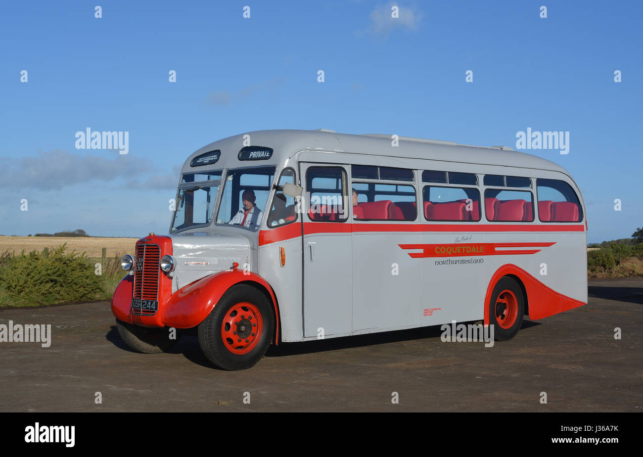 1943 Commer Q4 single decker bus - Stock Image