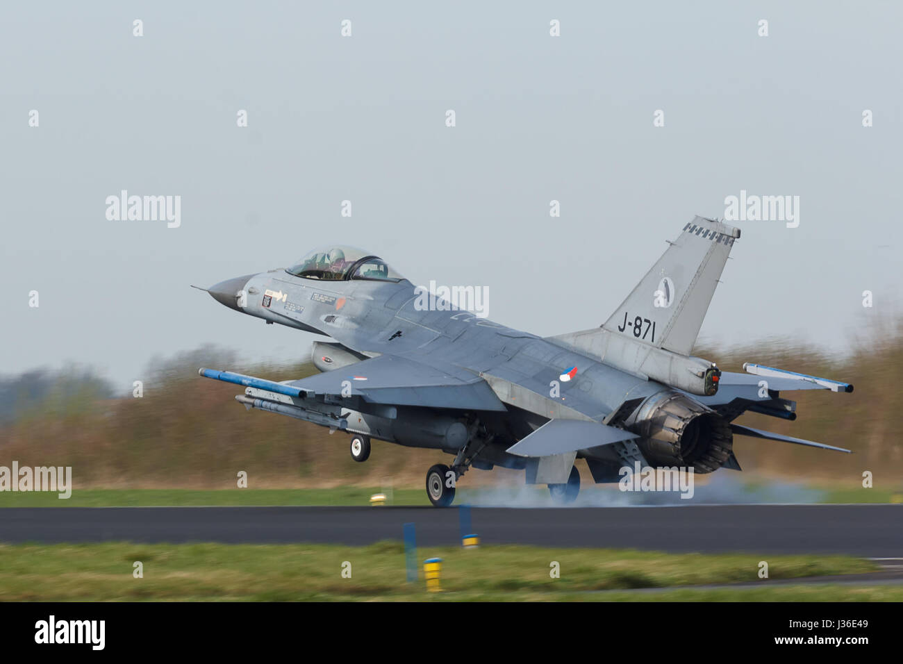 F-16A of 322 sqn of the RNLAF during Frisian Flag exercise - Stock Image