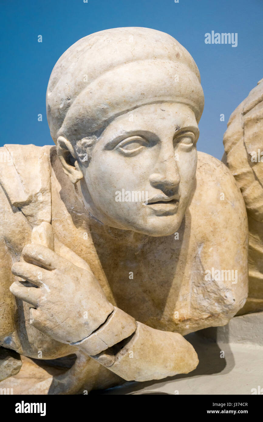 Detail of a 4th century BC statue of a female Lapith, on the West pediment of the Temple of Zeus. Archaeological - Stock Image