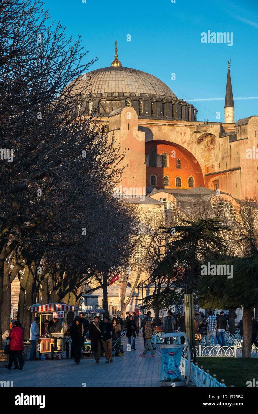 Late afternoon light floods the domes and minarets of Aya Sofya, Sultanahmet, Istanbul, Turkey Stock Photo