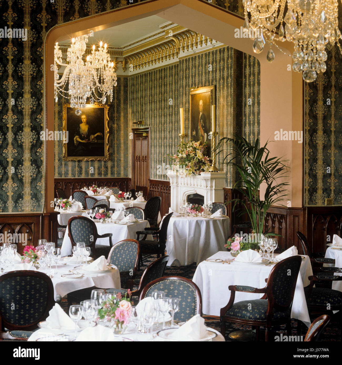 Victorian Style Dining Room: Victorian Dining Room Stock Photos & Victorian Dining Room