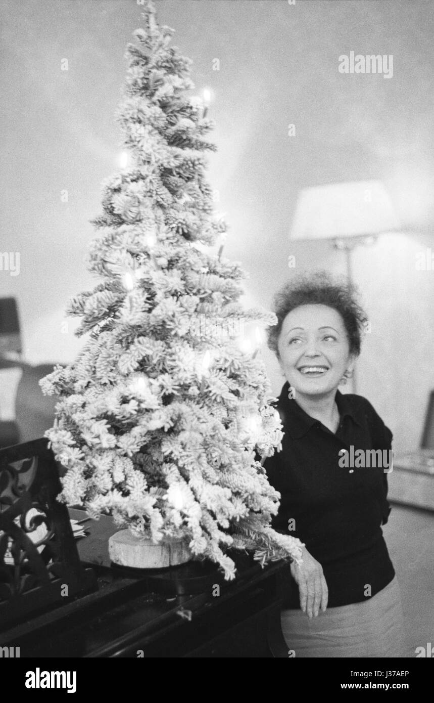 Who Wrote White Christmas.Edith Piaf During A Work Session With Charles Dumont With