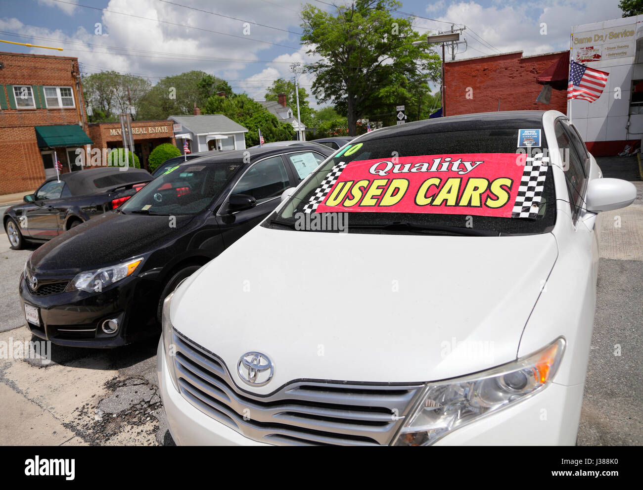Used cars for sale, North Carolina, USA Stock Photo: 139709332 - Alamy