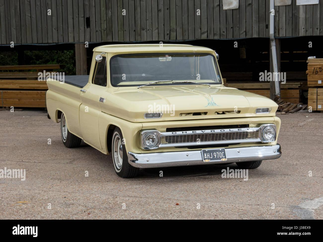 1966 Chevrolet C10 classic pick up truck Stock Photo: 139714241 - Alamy