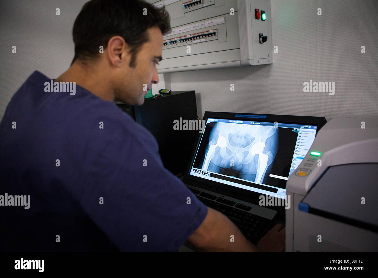 MOUNTAIN DOCTOR - Stock Image