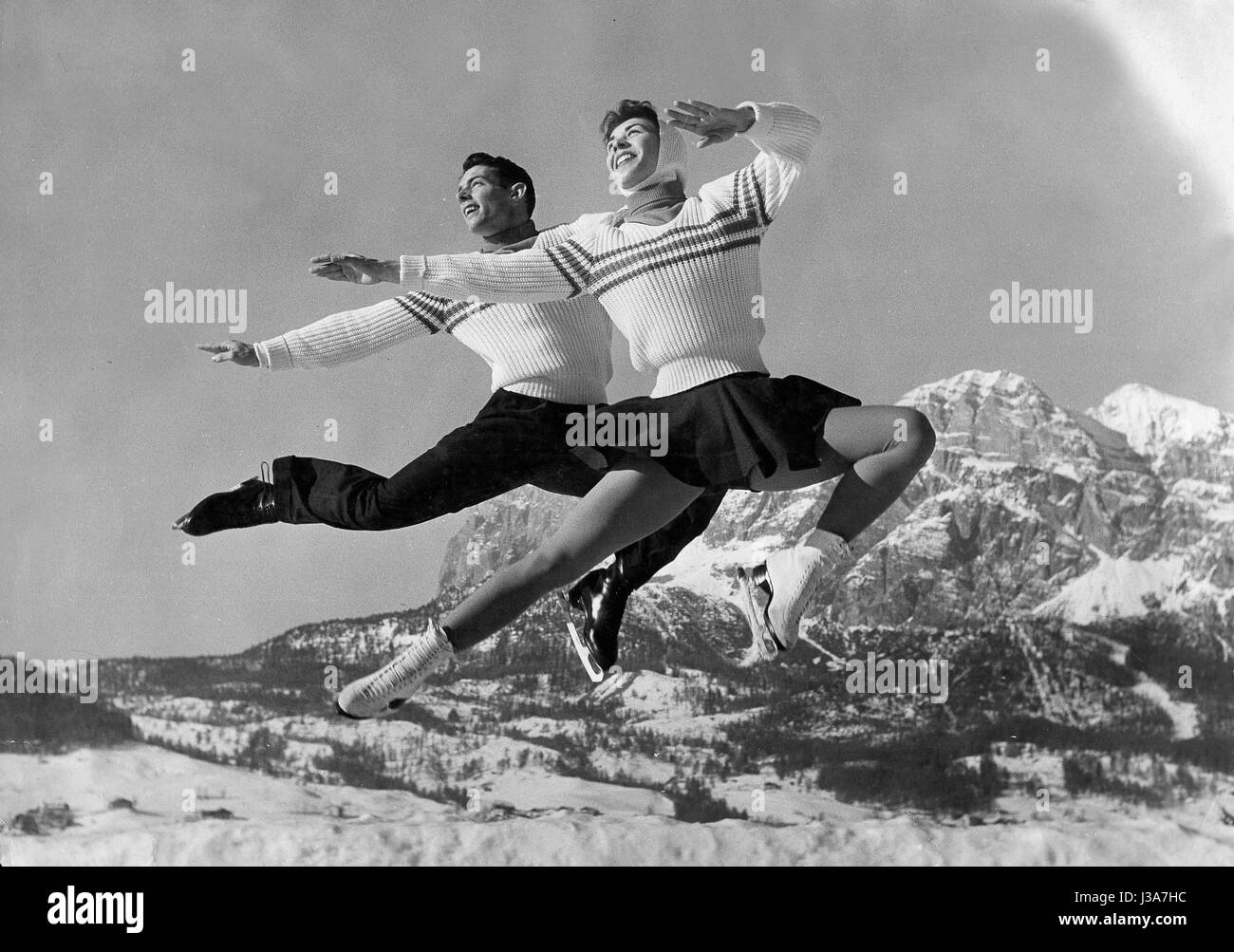 Ice skating at the Winter Olympics in Cortina, 1956 - Stock Image