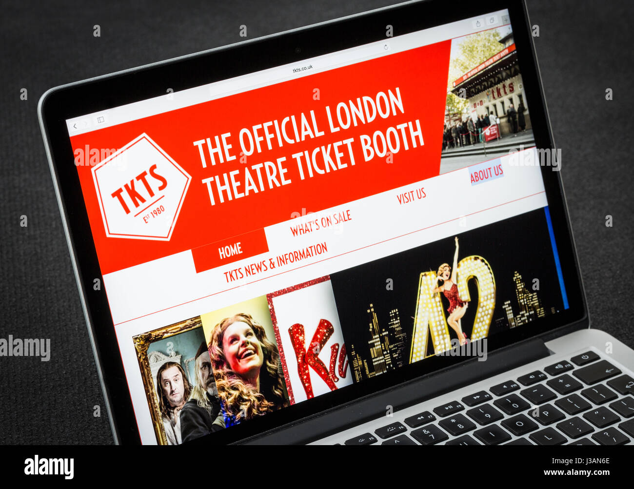 TKTS The official London Theatre ticket booth website - Stock Image