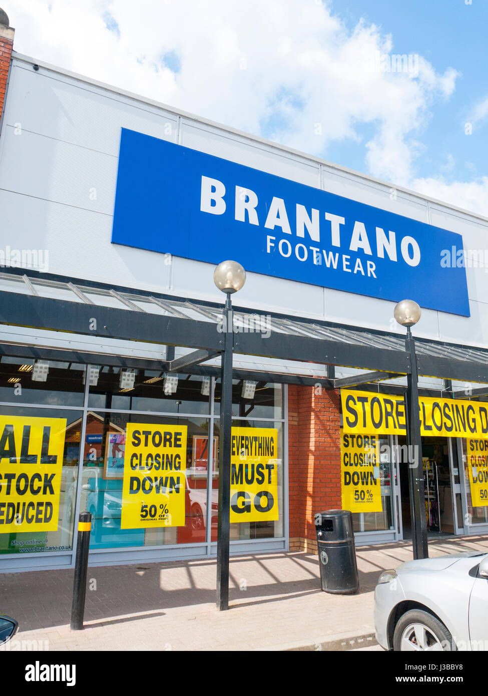 Brantano footwear store closing down in Crewe Cheshire UK - Stock Image