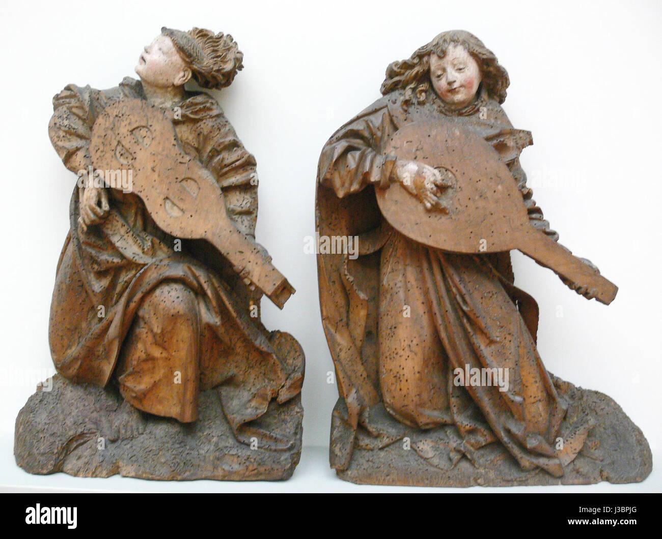 Engel mit Viola und Laute Oberrhein um 1490 Stock Photo