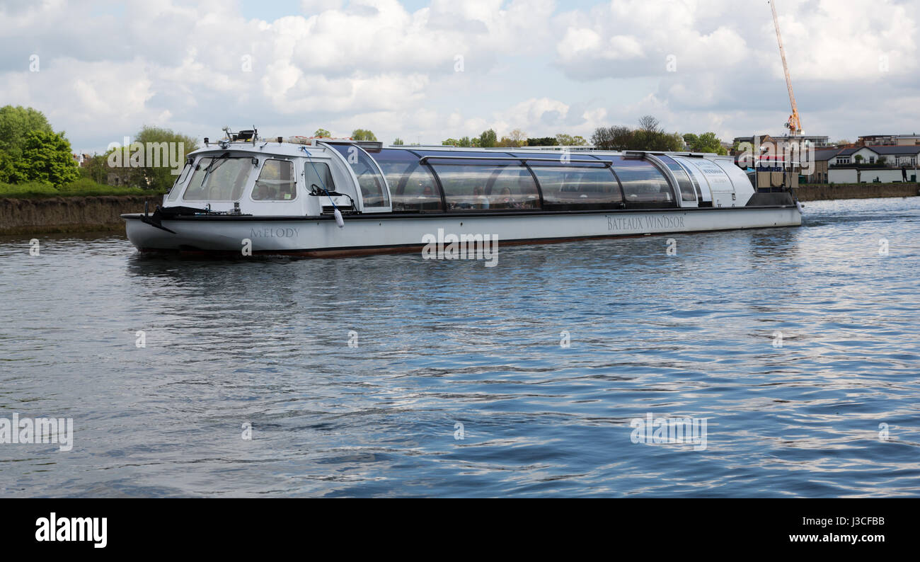 The Melody Bateaux Windsor Cruise Boat on the Thames - Stock Image