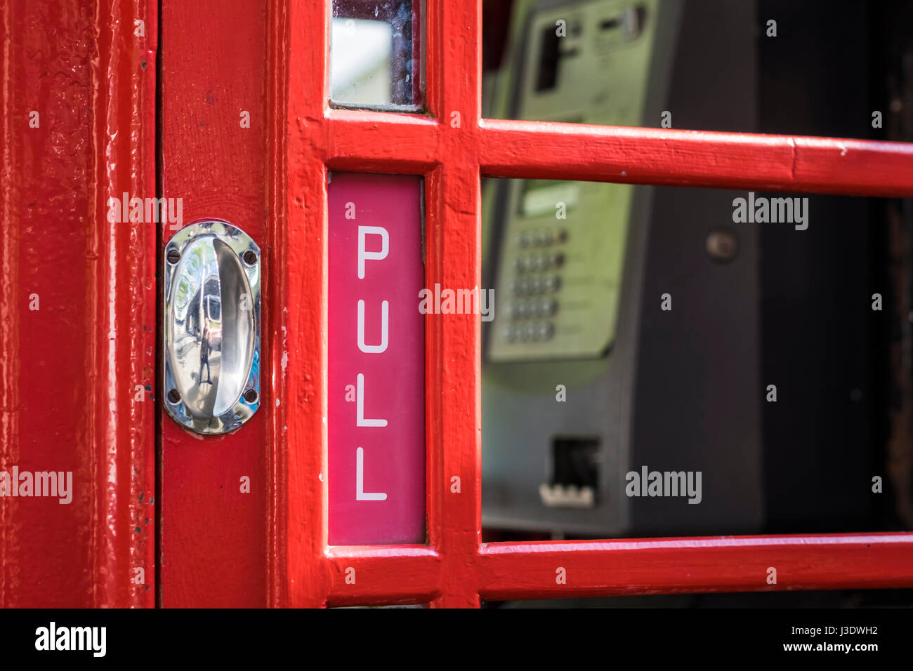 Pull Phone Box Wiring Diagrams Quad Power Supply Circuit Diagram Tradeoficcom Handle On Telephone Stock Photos Rh Alamy Com Fire
